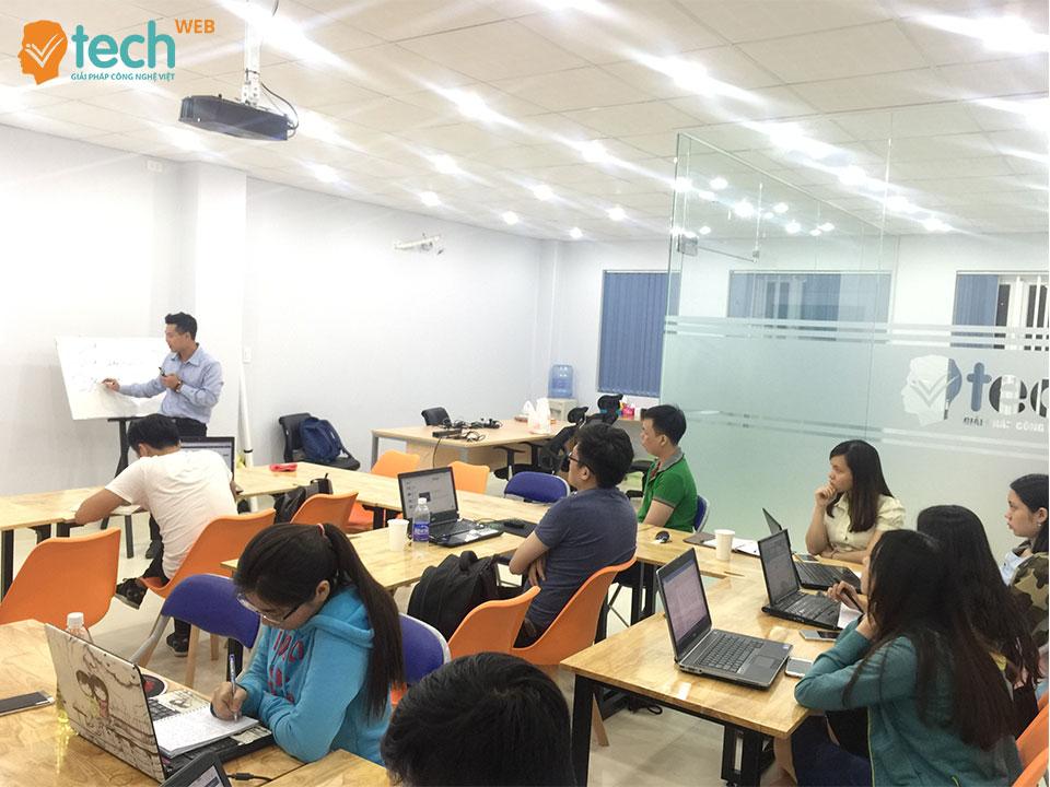 vtech cms công cụ hỗ trợ seo